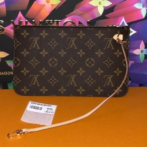Authentic Louis Vuitton Neverfull Pouch/wristlet